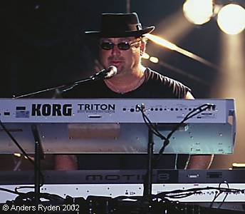 www toto99 com - Official TOTO Website - Concert Reviews